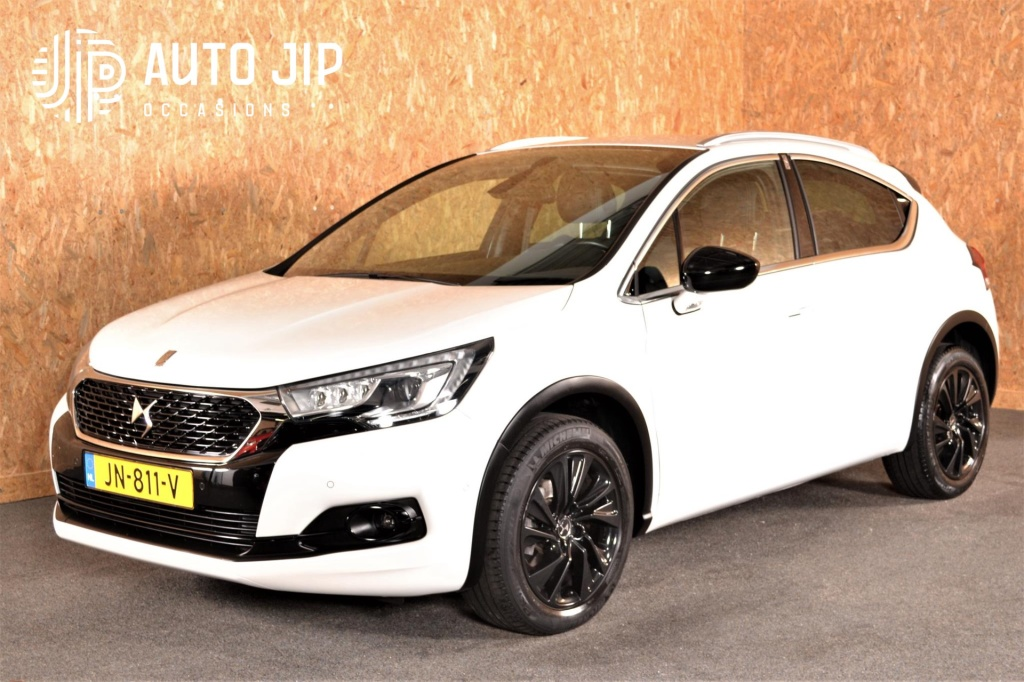 DS-DS 4